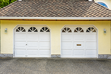 Garage Door And Opener Olmsted Falls, OH 216-938-9084